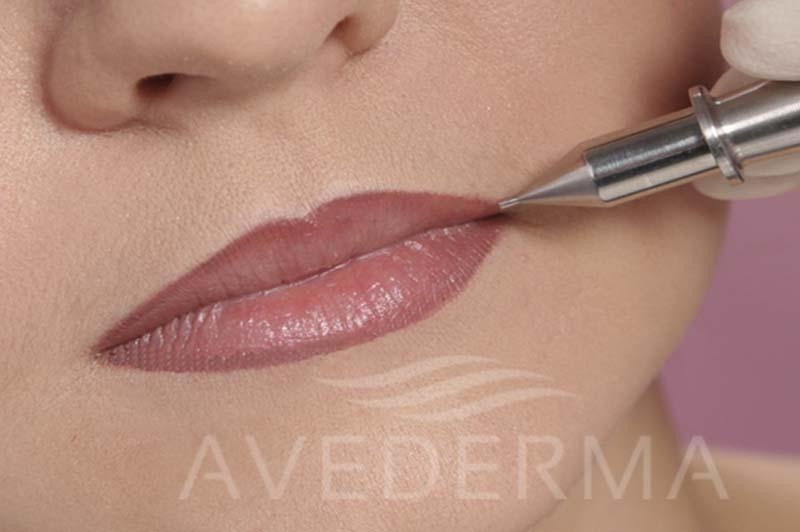 Permanent_make_up_Lippen_I_web R